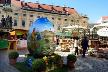 Vídeň a velikonoční trhy na zámku Schönbrunn