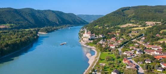 plavba lodí romantickým údolím Wachau