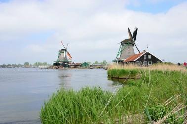 větrné mlýny Zaanse Schans